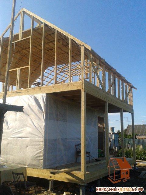 Каркасные дома строятся на основе каркаса из бруса 50х100мм, либо 50х150мм в зависимости от типа строения
